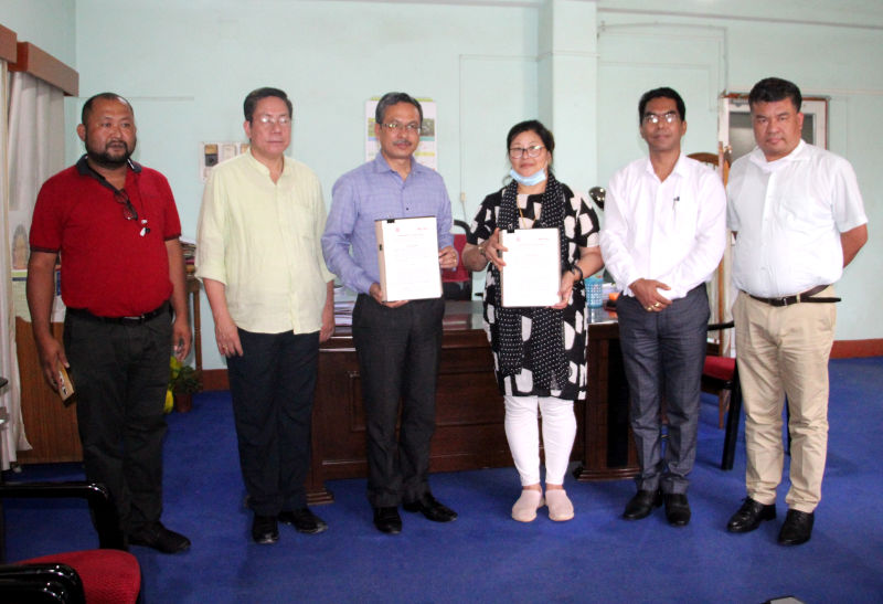 MOU with  Smt. H. Surbhra Devi of Meira Foods  on 05/06/2020